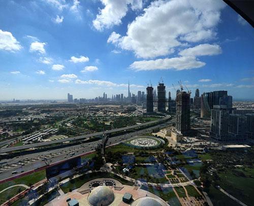 منافع اقتصادی اعطای تابعیت امارات به خارجیها