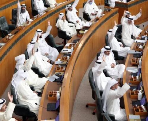 تشدید تنش سیاسی در کویت؛ اپوزیسیون خواستار انحلال مجلس شد