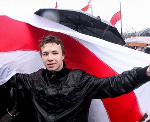 بلاروس هواپیمای مسافری را برای بازداشت مخالف سیاسی به زمین نشاند
