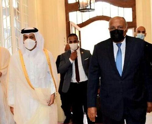 رایزنی وزرای امور خارجه مصر و قطر درباره روند اجرای توافق العلا