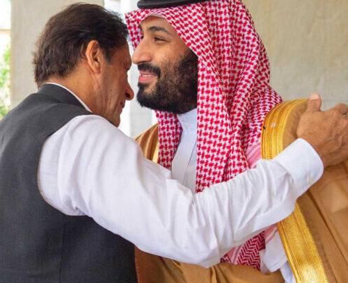 پس از چند ماه سردی روابط، عربستان و پاکستان چند توافق نامه همکاری امضا کردند