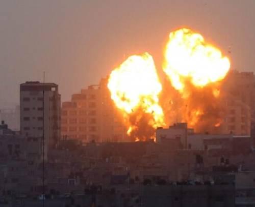 ۲۵ شهید در حمله گسترده هوایی اسرائیل به غزه/ سربازان اسرائیلی از مسجد الاقصی خارج شدند