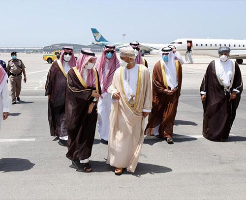 عرب ویکلی: دور دوم مذاکرات ایران-عربستان در عمان برگزار میشود