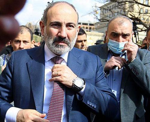 نخست وزیر ارمنستان دو ماه پیش از انتخابات زودرس پارلمانی استعفا داد