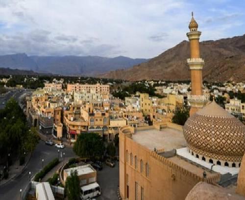 رایزنی عمان و عربستان درباره فرصت های سرمایه گذاری مشترک