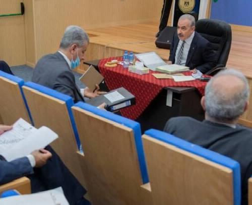 اشتیه: بازسازی نوار غزه بنا به توافق جهانی توسط تشکیلات خودگردان فلسطین انجام میشود
