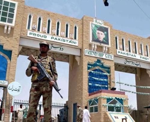 بازگشایی گمرک تحت کنترل طالبان افغانستان توسط پاکستان