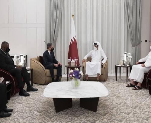 وزیر خارجه آمریکا با امیر قطر در مورد بحران افغانستان گفتوگو کرد