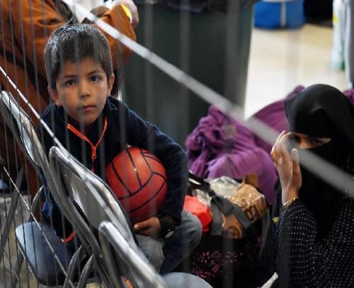 دولت بریتانیا به طرح پذیرش خانوادههای افغان پایان داد