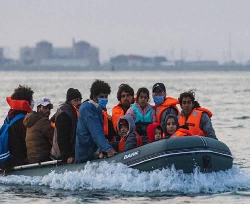 سیاستهای جدید مهاجرتی بریتانیا در قاچاق انسان موثر بوده است؟