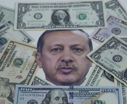 کاهش ارزش لیر ترکیه پس از اعلام خرید اس ۴۰۰ از روسیه توسط اردوغان