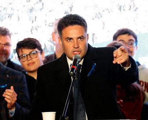 احزاب مخالف دولت در مجارستان هماورد ویکتور اوربان را برگزیدند