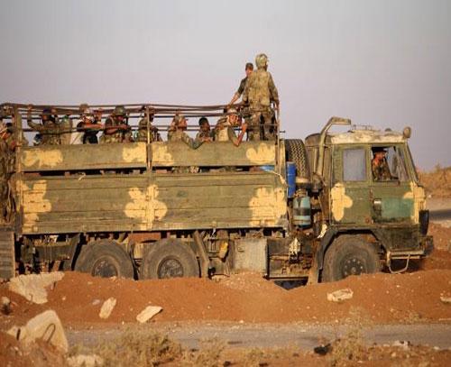 قسد برای مقابله با ارتش ترکیه تجهیزات نظامی به شمال سوریه گسیل کرد